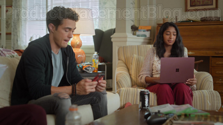 Pepsi Soda Can and Microsoft Surface Laptop in Never Have I Ever S01E03 (3)
