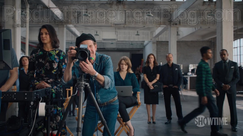 Phase One Camera System and Apple MacBook Laptop in Billions Season 5 (2020)