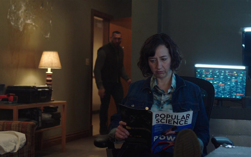Popular Science Magazine Held by Kristen Schaal as Bobbi in My Spy (1)