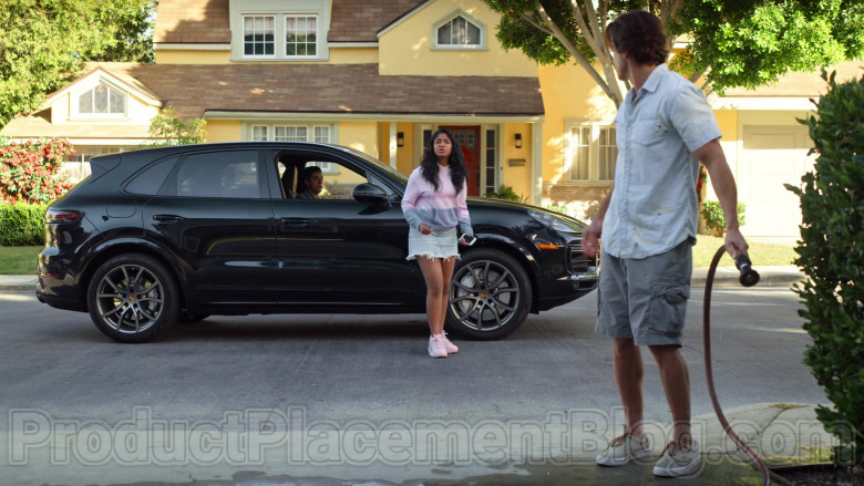 Porsche Cayenne Black Car Used by Jaren Lewison as Ben in Never Have I Ever Netflix TV Show (2)