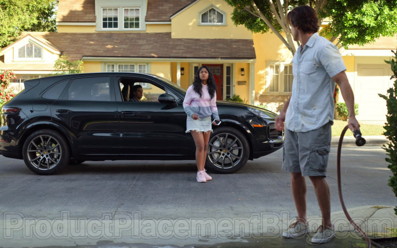 Porsche Cayenne Black Car Used by Jaren Lewison as Ben in Never Have I Ever Netflix TV Show (2)