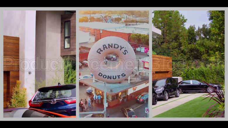 Randy's Donuts Donut Shop in #blackAF S01E02 (1)