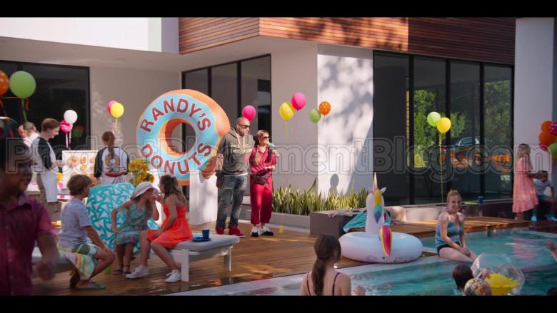 Randy's Donuts Donut Shop in #blackAF S01E02 (3)