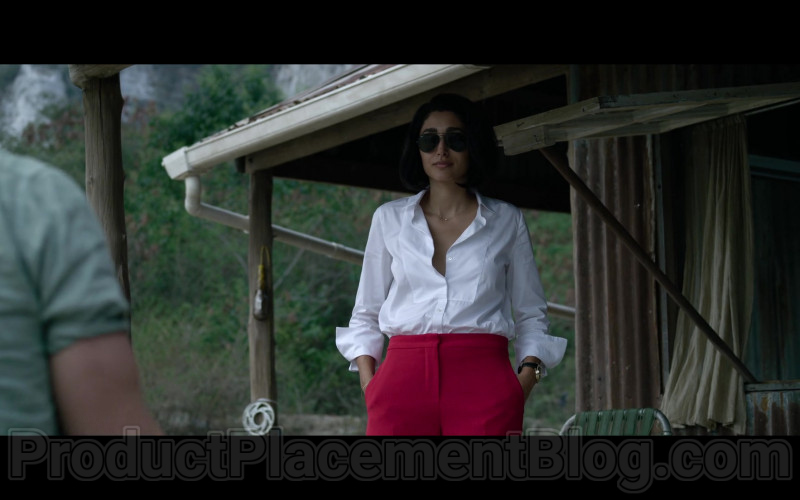 Ray-Ban Aviator Sunglasses of Golshifteh Farahani in Extraction (2020)