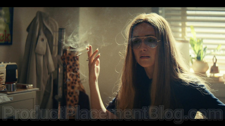 Ray-Ban Shooter Aviator Glasses of Rose Byrne as Gloria Steinem in Mrs. America TV Show (3)
