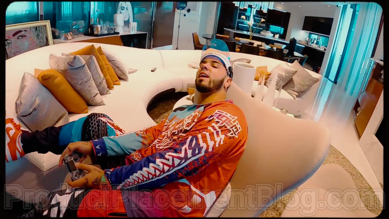 Real Hasta La Muerte Outfit of Anuel AA (2)