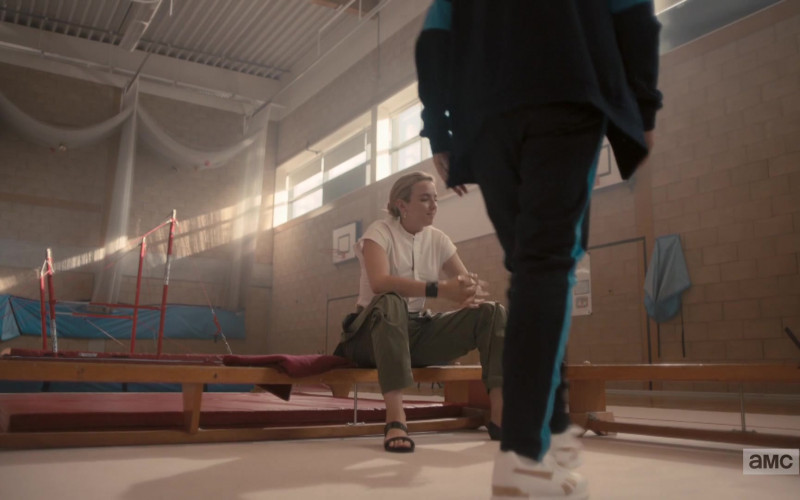 Reebok Sneakers of Harriet Walter as Dasha in Killing Eve S03E01 (1)