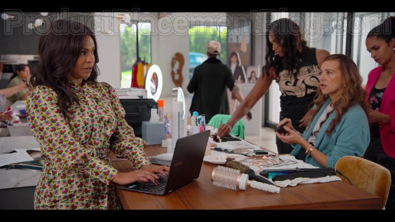 Samsung Laptops in #blackAF S01E06 (1)
