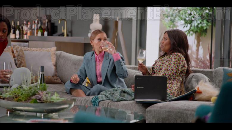 Samsung Laptops in #blackAF S01E06 (5)