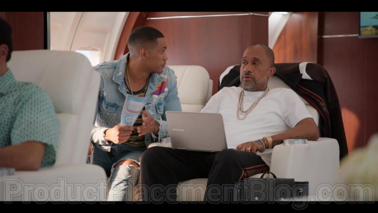 Samsung Notebook Used by Kenya Barris in #blackAF S01E07 (2)