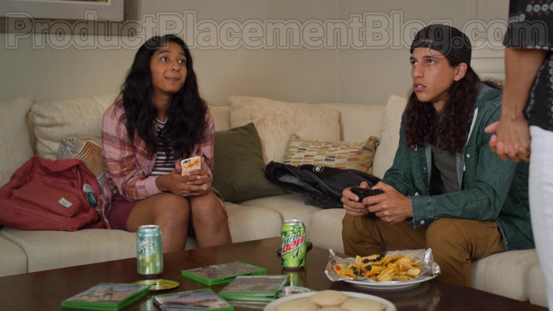 Sierra Mist and Mtn Dew Cans in Never Have I Ever S01E03 (2)