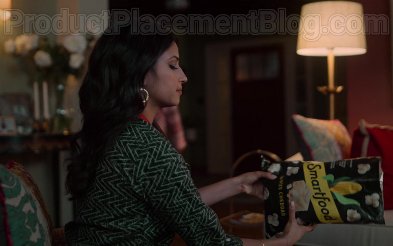 Smartfood White Cheddar Flavored Popcorn Enjoyed by Richa Shukla as Kamala in Never Have I Ever S01E03