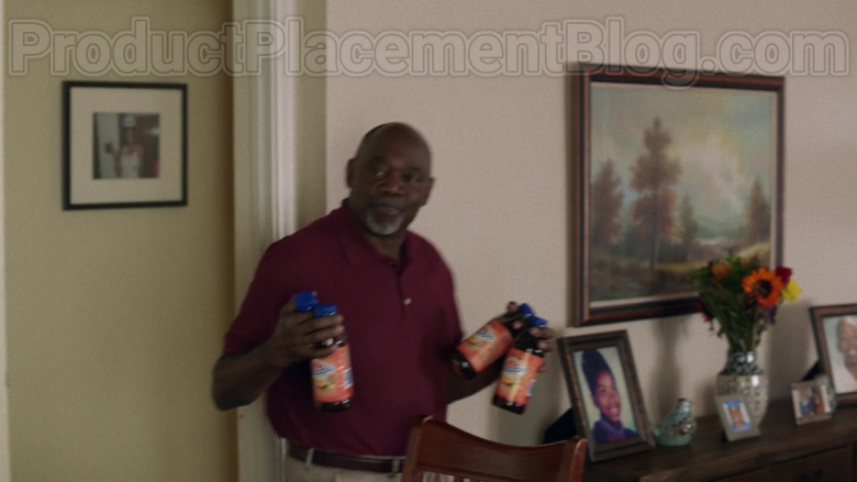 Snapple Drinks in Insecure S04E03 (1)