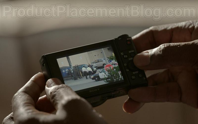 Sony Photography Camera in Bosch S06E02 (1)