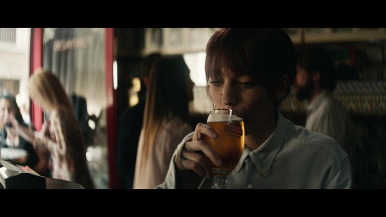 Stella Artois Beer Enjoyed by Blake Lively in The Rhythm Section (1)