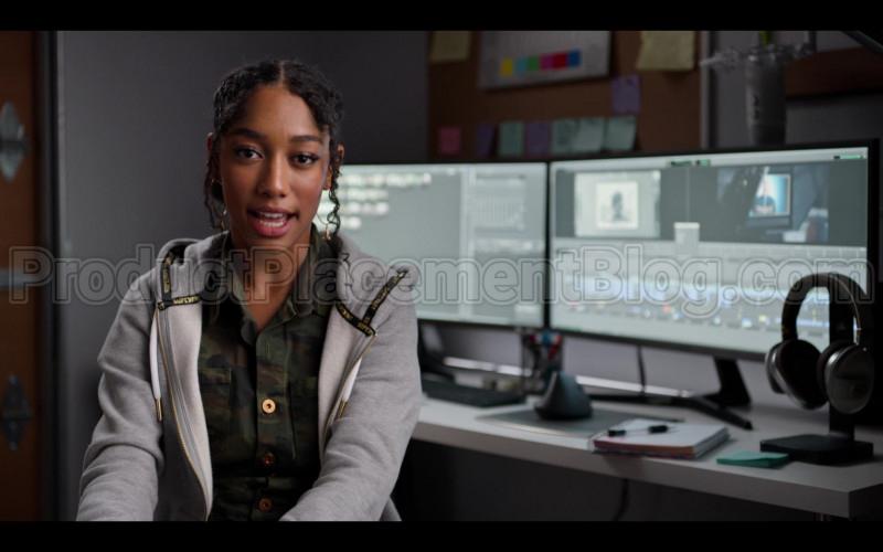 Superdry Hoodie of Iman Benson in #blackAF (1)