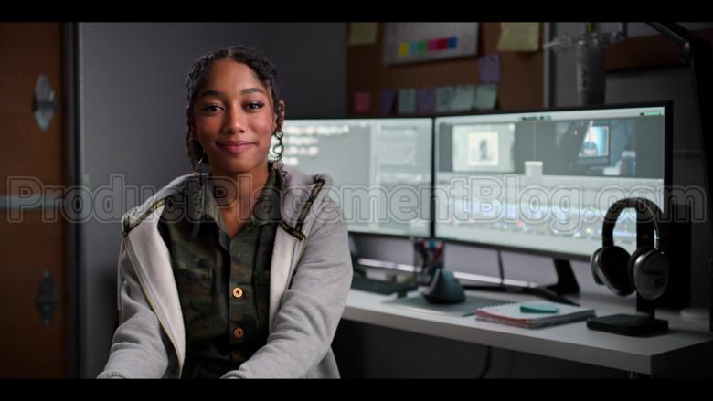 Superdry Hoodie of Iman Benson in #blackAF (2)