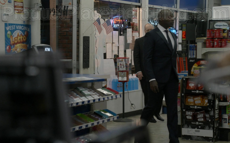 Taco Bell Snacks in The Blacklist S07E15 (1)