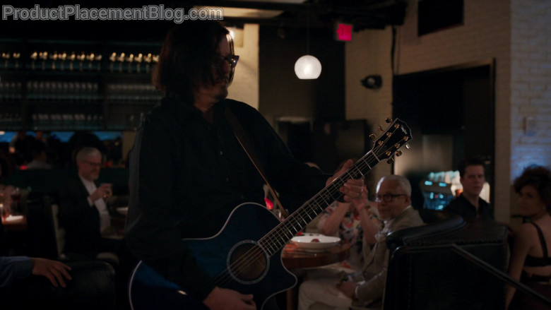 Taylor Guitar in The Baker and the Beauty S01E01