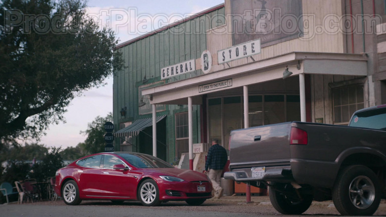 Tesla Model S Red Car in Bless This Mess S02E19 (1)
