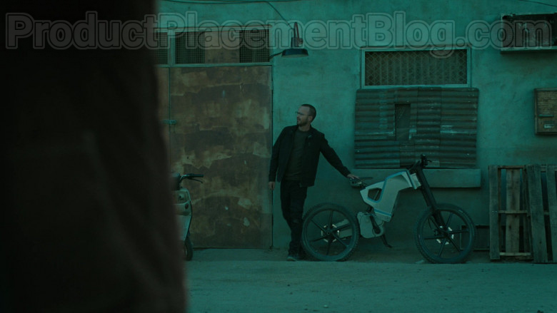 Trefecta Mobility High-Performance Electric Bike Used by Aaron Paul in Westworld TV Show [S03E07] (2)