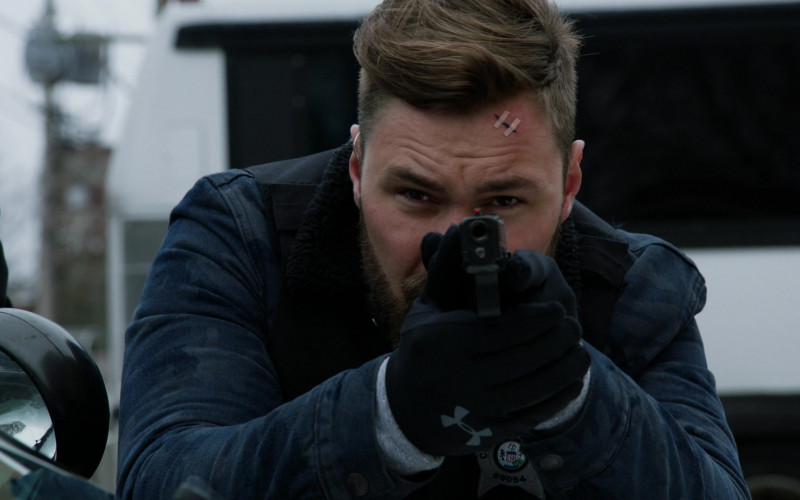 UA Gloves of Patrick John Flueger as Officer Adam Ruzek in Chicago P.D. S07E19 (2)
