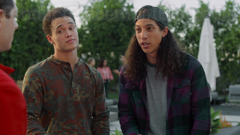Vans Flannel Shirt for Men in Never Have I Ever S01E08 (1)