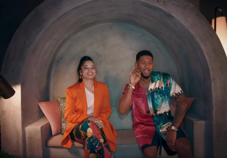 """Versace Pants Worn by Ella Mai in """"Don't Waste My Time"""" (6)"""