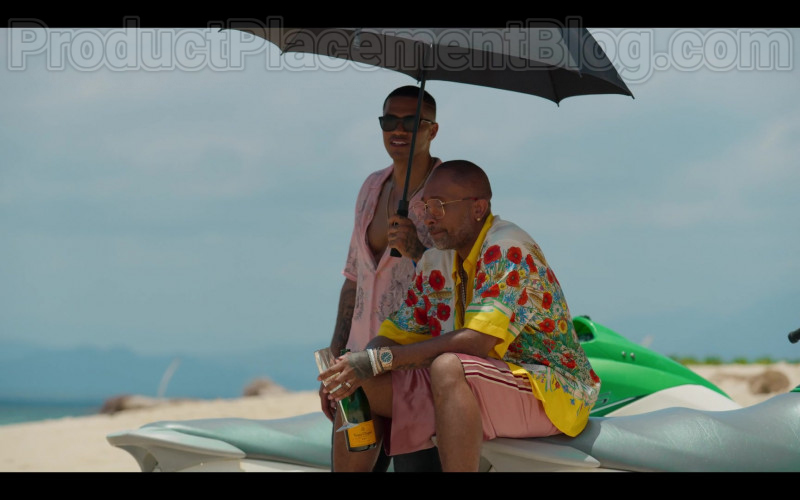 Veuve Clicquot Champagne Enjoyed by Kenya Barris in #blackAF Netflix TV Series (1)