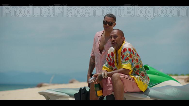 Veuve Clicquot Champagne Enjoyed by Kenya Barris in #blackAF Netflix TV Series (2)