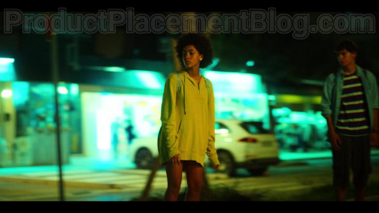 Woolrich Yellow Hoodie of Rebecca Coco Edogamhe in Summertime S01E01 I Hate Summer (2)