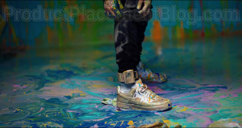 "6ix9ine Wearing Nike Shoes in ""GOOBA"" 2020 Music Video (1)"