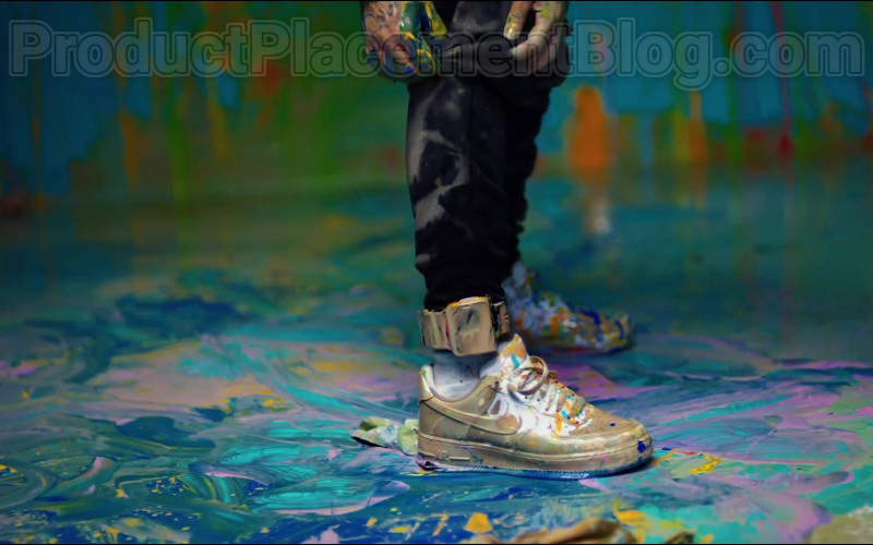 "6ix9ine Wearing Nike Shoes in ""GOOBA"" 2020 Music Video (1)"