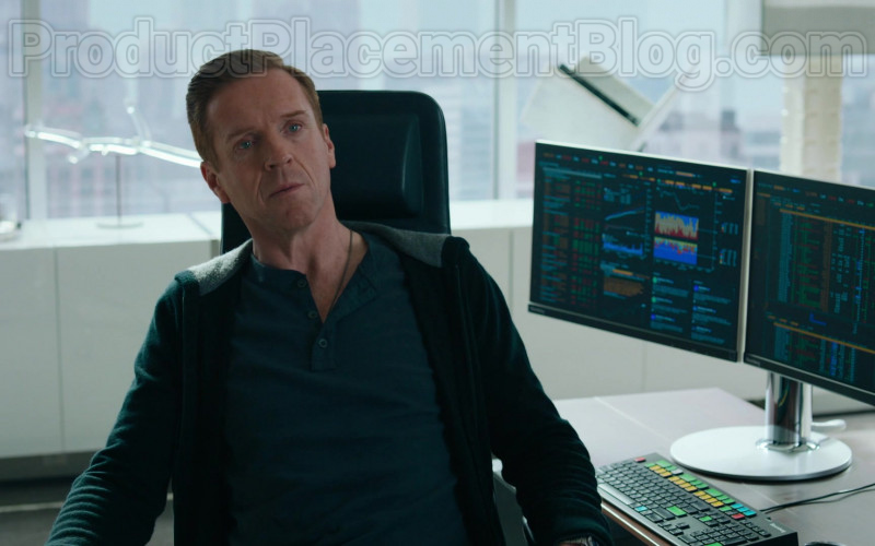 Actor Damian Lewis as Robert 'Bobby' Axelrod Using Bloomberg Terminals in Billions S05E0 TV Series
