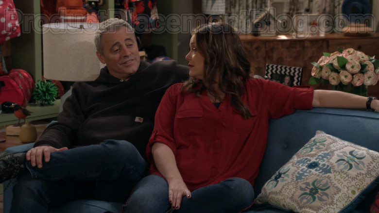 Actor Matt LeBlanc Wearing Carhartt Hoodie Outfit in Man with a Plan S04E10 TV Series (2)