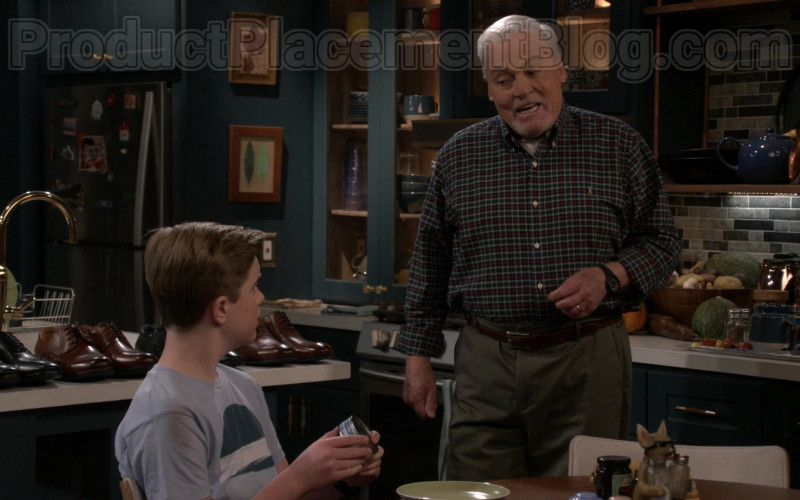 Actor Stacy Keach Wearing Ralph Lauren Casual Shirt in Man with a Plan S04E10 TV Show