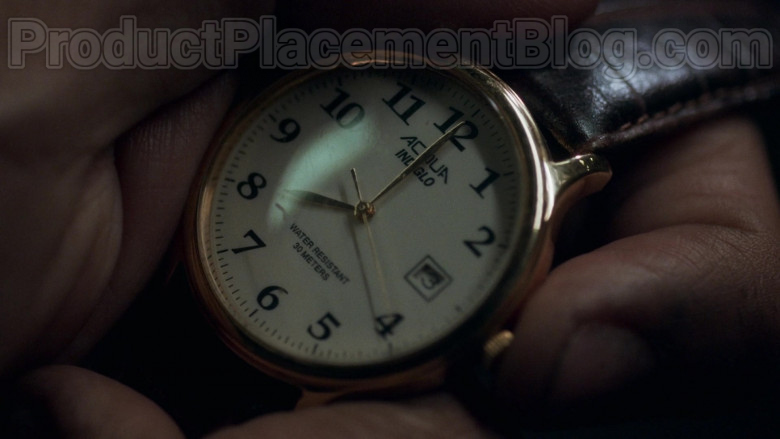 Actor Using Timex Acqua Indiglo Wrist Watch in Snowpiercer S01E01 TV Show (2)
