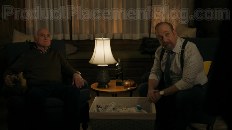 Actors Jeffrey DeMunn & Paul Giamatti Drinking Johnnie Walker Blue Label Whisky in Billions S05E04 TV Show (2)