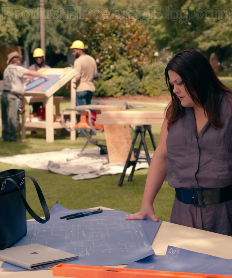 Actresses Using Microsoft Surface Notebook in Sweet Magnolias S01E02 A United Front (2020)