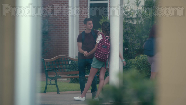 Actresses Wearing JanSport High School Backpacks in Sweet Magnolias S01E06 Netflix TV Show (2)