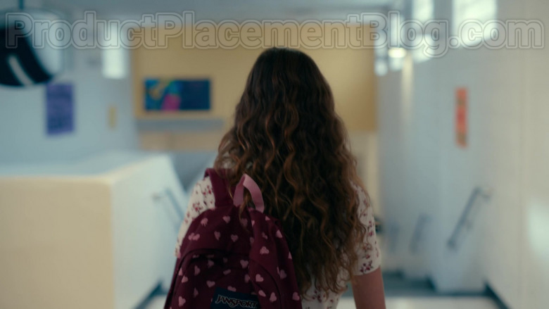 Actresses Wearing JanSport High School Backpacks in Sweet Magnolias S01E06 Netflix TV Show (3)