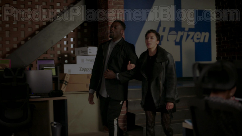 Amazon and Zappos Online Store Boxes in Upload S01E06 The Sleepover (2020)