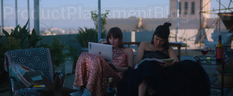 Apple MacBook Laptop Used by Dakota Johnson in The High Note Movie (2)