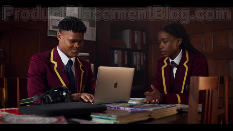 Apple MacBook Pro Laptop in Blood & Water S01E06 Trippin' (2020)