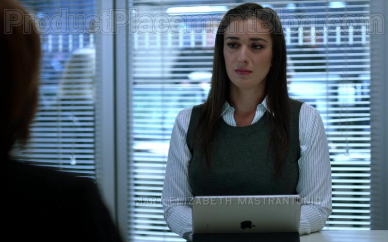 Apple iPad Tablet in Blindspot S05E02 We Didn't Start the Fire (2020)