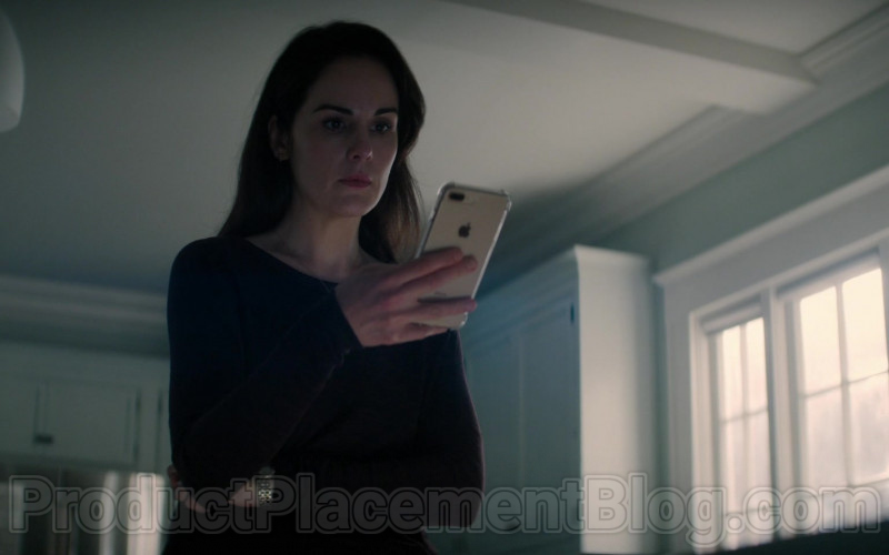 Apple iPhone Smartphone Used by Michelle Dockery in Defending Jacob S01E05 (2020)