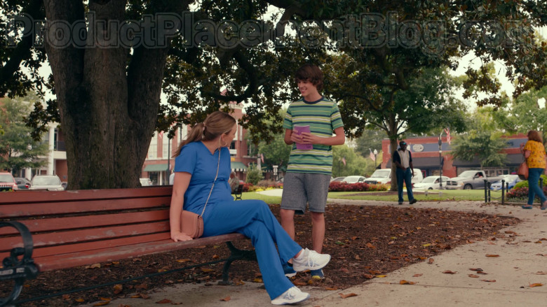 Asics Sneakers of Jamie Lynn Spears as Noreen Fitzgibbons in Sweet Magnolias S01E03 (1)