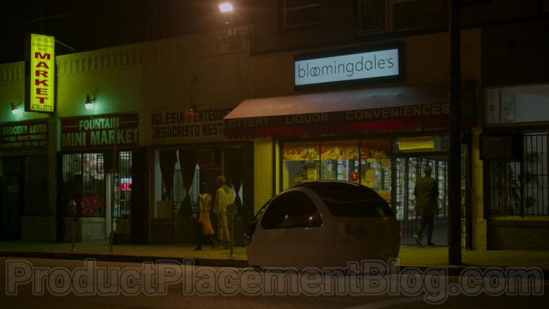 Bloomingdale's Store Sign in Upload S01E01 Welcome to Upload (2020)