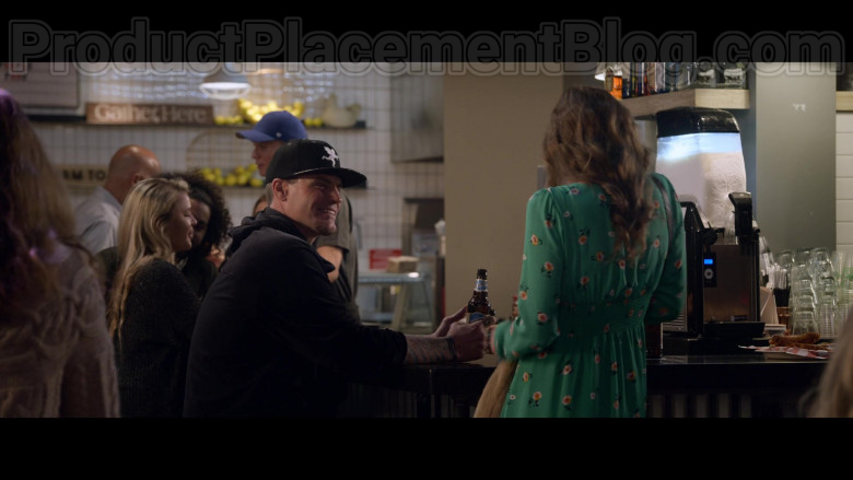 Blue Moon Beer Enjoyed by Vanilla Ice (Rob Van Winkle) in The Wrong Missy Movie by Netflix (1)