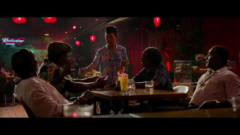 Budweiser Sign in Da 5 Bloods (1)